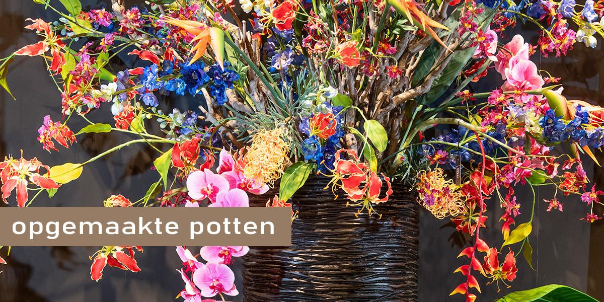 Opgemaakte potten