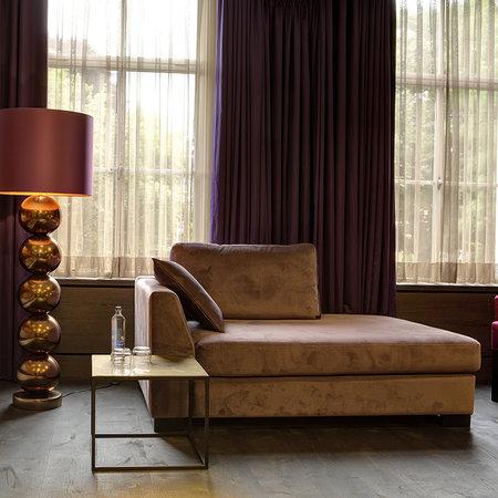 Lounge met armleunig