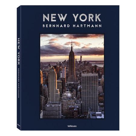 Book NEW YORK, Bernhard Hartmann
