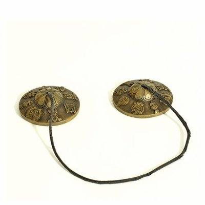 Rytmelo Tingsha's met gelukssymbolen, Ø 7,5 - 8 cm, India