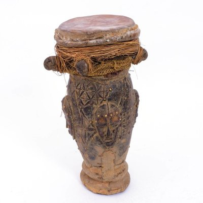 Oude trommel uit Ivoorkust, Dan