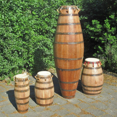Agbadza drums, gemaakt van duigen, set van 4, oud