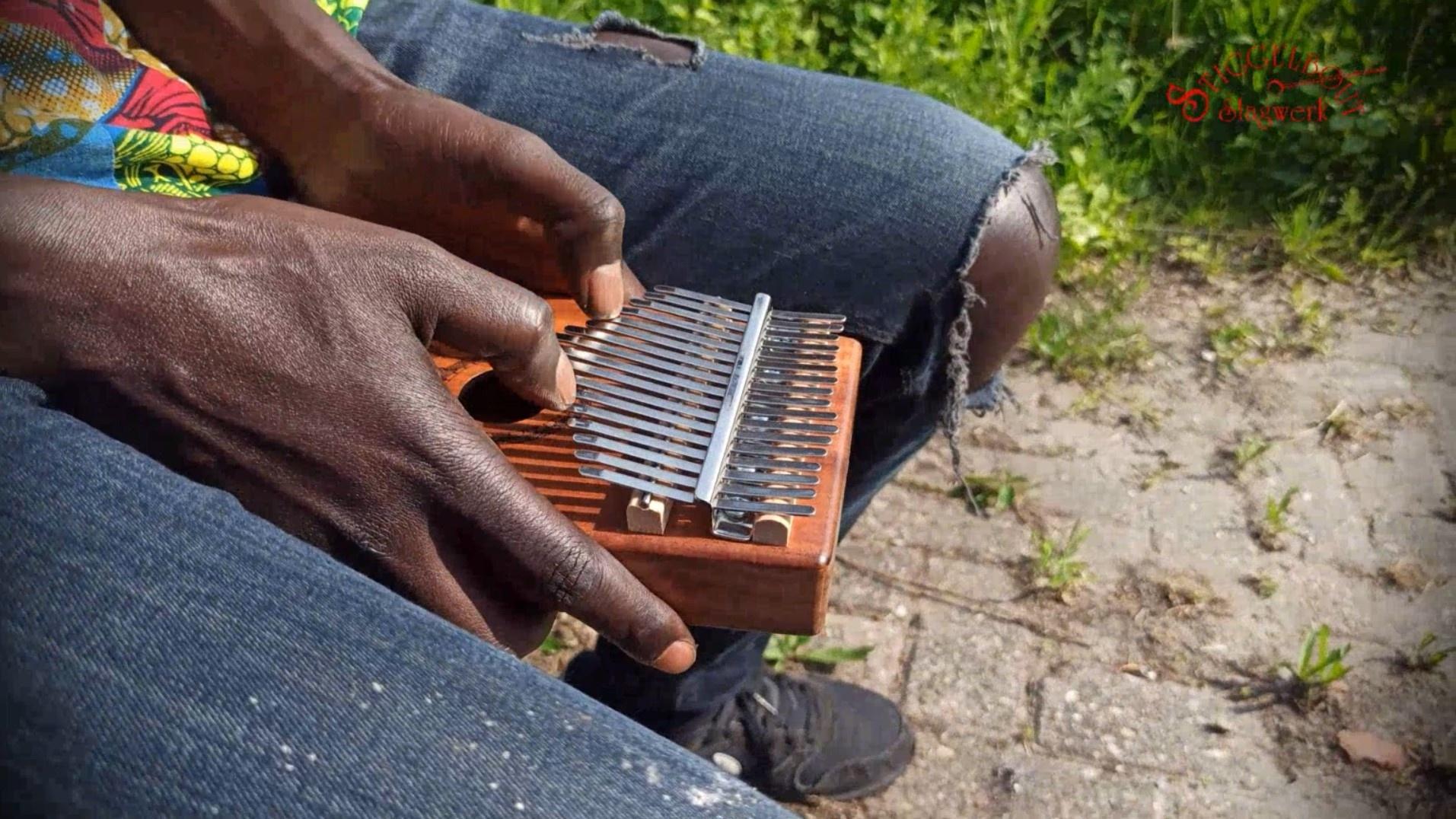 Kalimba duimpiano, diatonisch met 17 tonen - Mamour Seck