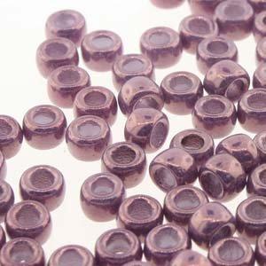 Matubo kralen 7/0 Vega on Chalk (tube 7,5 gr)