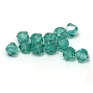 Swarovski kralen bicone 4 mm #03 Light Emerald (12st)