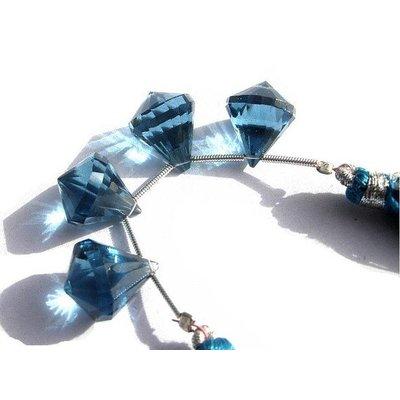Londen Blue Quartz briolette lantaarn (per stuk)