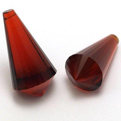 Rode Quartz briolettes (per paar)