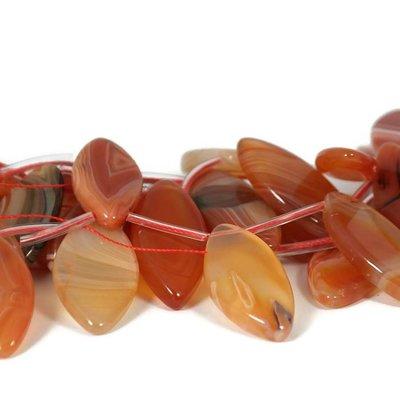 Carneool kralen 29~55x12-~20x6 mm ruit (streng)