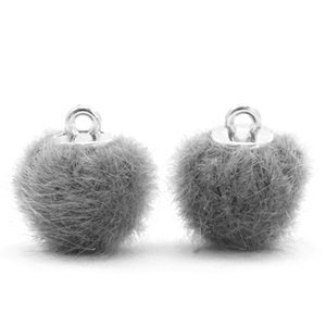 Pompom bedeltje faux fur 12 mm grey