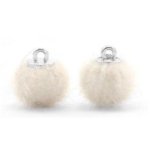 Pompom bedeltje faux fur 12 mm off white