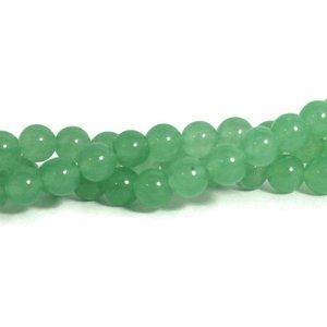 Jade kralen 8 mm rond light green (streng)
