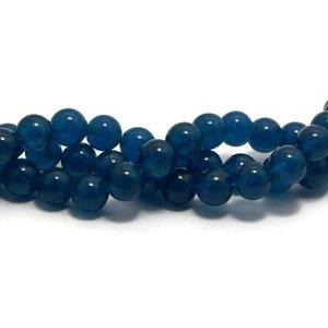 Jade kralen 8 mm rond prussian blue (streng)