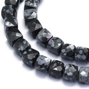 Obsidiaan - Sneeuwvlok Obsidiaan kralen 'kubus' (streng)