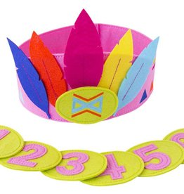 Global Affairs Felt feather crown girls