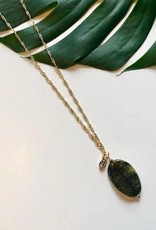 ONE80 One80 necklace small nature stone green opal