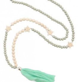 With love Necklace green stars and tassels 105 cm