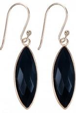 Treasure Silver earrings 7 x 21 mm - gold plated - black onyx
