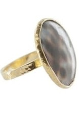Betty Bogaers Betty Bogaers big tiger shell ring gold size 17