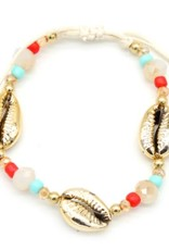 With love Bracelet with gold plated shell and beads
