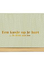 Enfant Terrible Enfant Terrible card  + enveloppe 'een kusje op je hart'