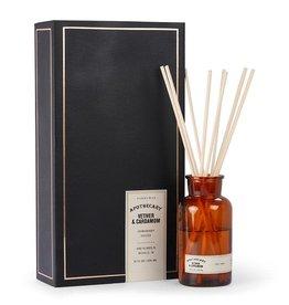 Paddywax Apothecary diffusor box + filling 354 ml. Vetiver & Cardamon