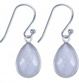 Treasure Silver earrings drop - moon stone