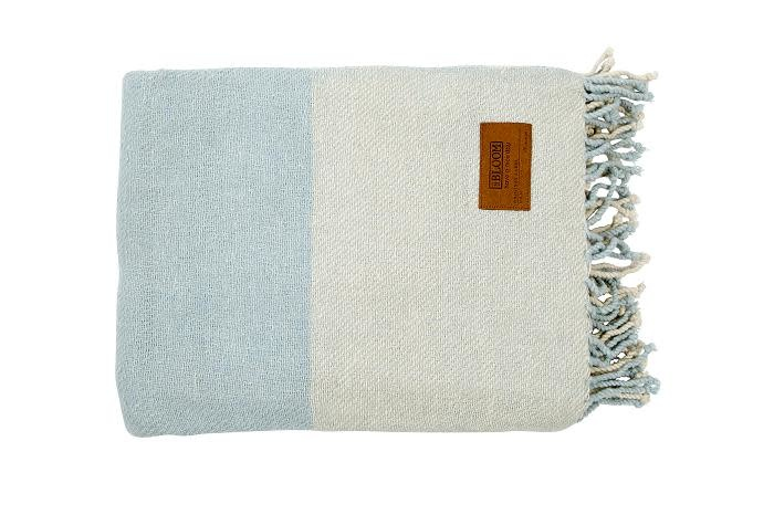 Mrs. Bloom Throw check - old blue 130 x 170 cm