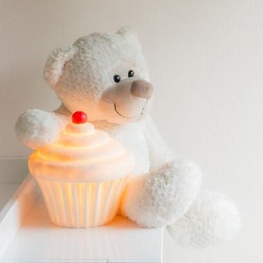 Little Lamp Company Cupcake lamp vanilla white + cherry 22 cm