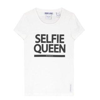 Wit t-shirt Selfie