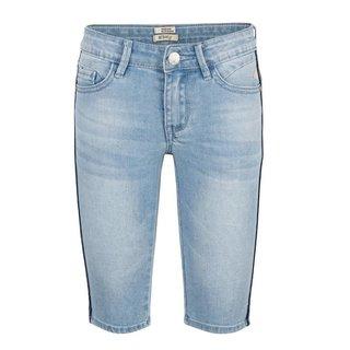 Medium Blue denim short 19-6006