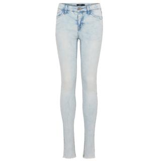 Lichtblauwe jeans Pil Berete