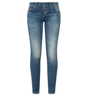Batu Hill Blue jeans Ulla