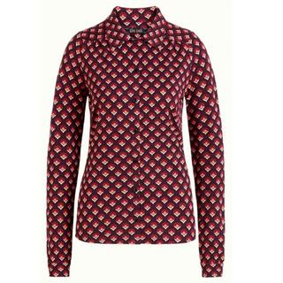 Rode blouse Pose