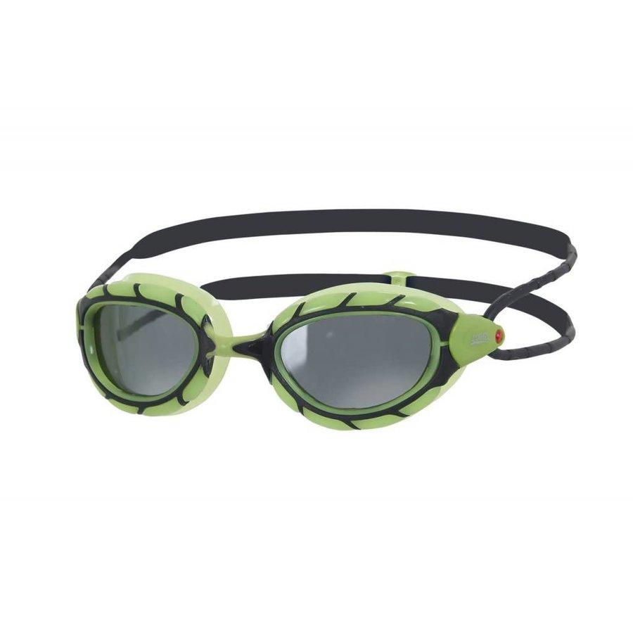 57c1e1eb0ab8dd Zoggs Zwembril Predator Polarized Smoke Green Kopen? Bestel online ...