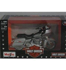 Harley Davidson Harley Davidson 2002 FLTR Road Glide - 1:18 - Maisto