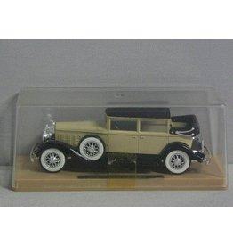 Cadillac Cadillac 452 A 1931 - 1:43 - Solido