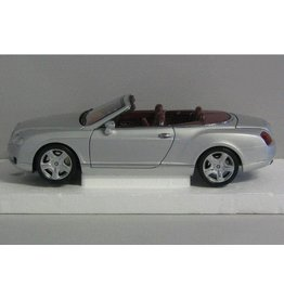 Bentley Bentley Continental GTC 2006 - 1:18 - Minichamps