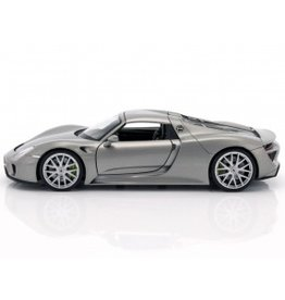 Porsche Porsche 918 Spyder Hard Top 2015 - 1:24 - Welly