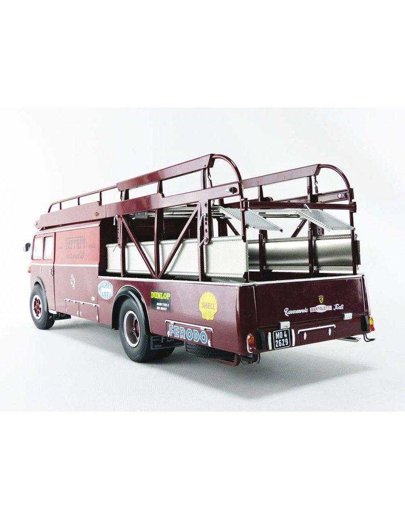 Fiat Fiat-Bartoletti Tipo 642 RN2 Ferrari Racing Car Transporter 1957 - 1:18 - CMR Classic Model Replicars