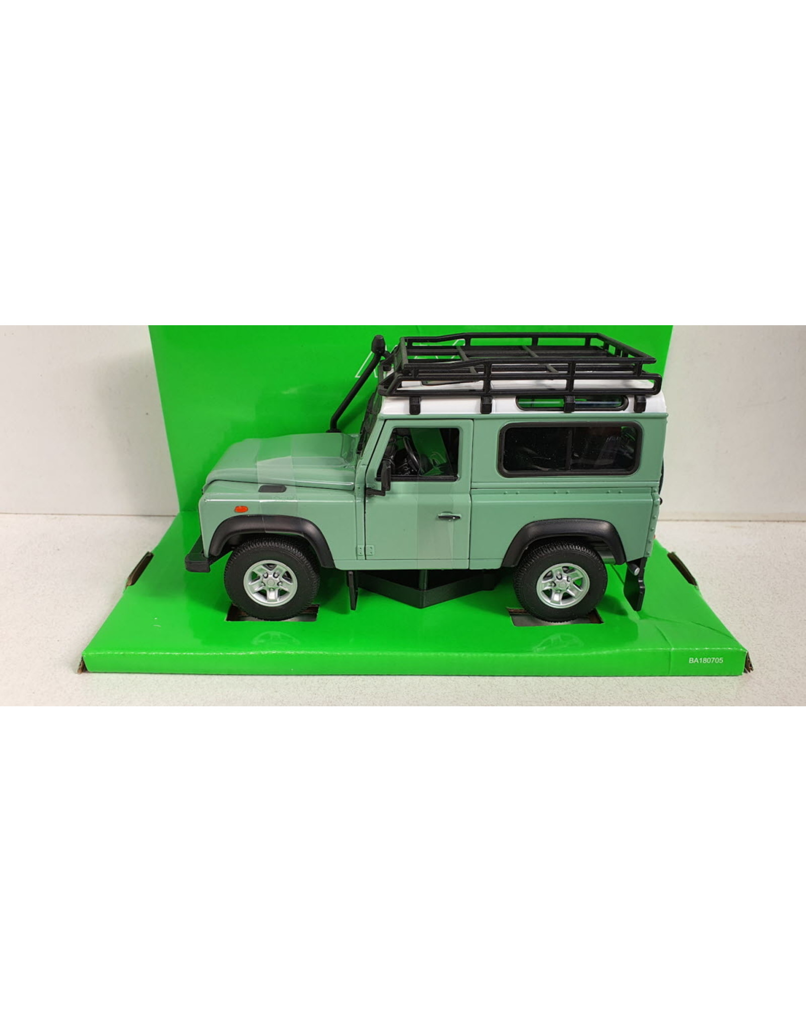 Land Rover Land Rover Defender Off Road + Roof Rack -1:24 - Welly