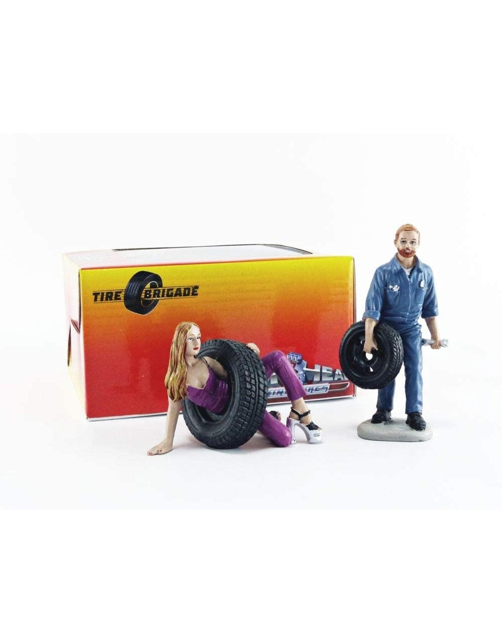 Tire Brigade Set #3 Val & Gery - 1:18 - Motorhead Miniatures