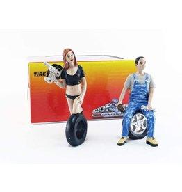 Tire Brigade Set #2 Derek & Michele - 1:18 - Motorhead Miniatures