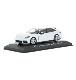 Porsche Porsche Panamera 4 e-hybrid - 1:43 - Minichamps