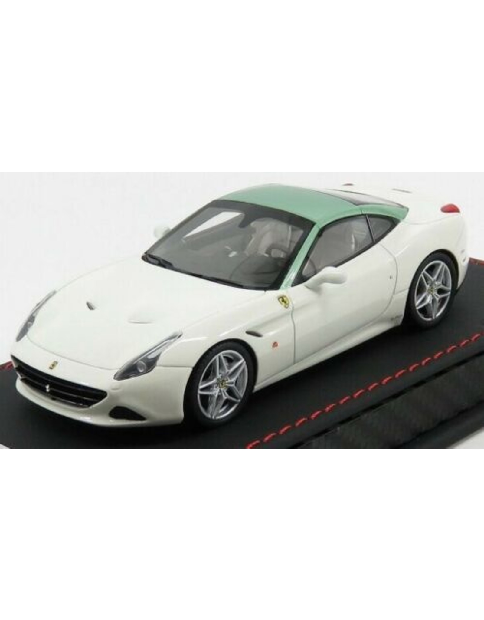 Ferrari Ferrari California T Spider Closed Roof 2014 Inspired by 250 GT Pininfarina Coupe 70th Anniversary - 1:43 - MR Collection Models