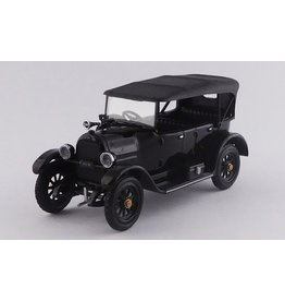 Fiat Fiat 501 Cabriolet Closed La Saetta Del Re ( The Car of the King) 1919  - 1:43 - Rio