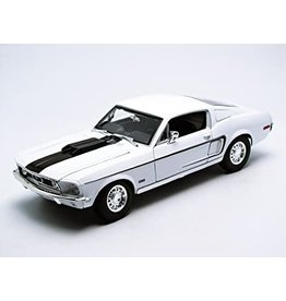 Ford Ford Mustang GT Cobra Jet 1968 - 1:18 - Maisto