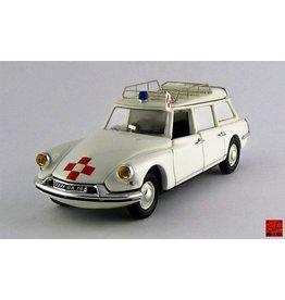 Citroen Citroen ID 19 Break French Ambulance 1959 (TV Series Film L'Amante) - 1:43 - Rio