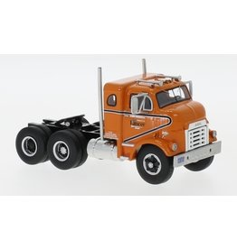 GMC GMC 950 Cannonball Sleeper Cab Tractor 6x4 1954 - 1:64 - Neo Scale Models