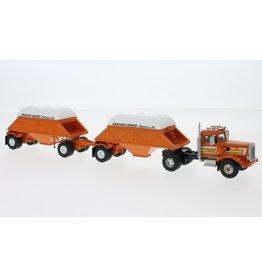 Peterbilt Peterbilt 281 SBFA Needle Nose Tractor 4x2 + 2 Bottom Dump Trailers Closed 1971 - 1:64 - Neo Scale Models