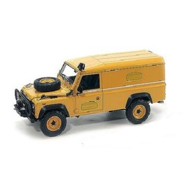 Land Rover Land Rover 110 Camel Trophy Support Unit Borneo 1985 - 1:18 - Almost Real